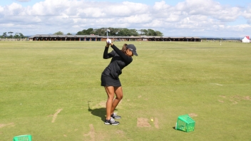 trail-elbow-position-golf-swing